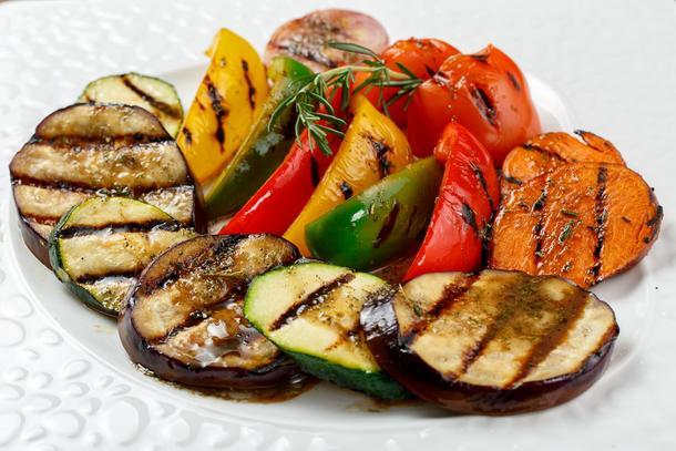 Овощи на гриле (томаты, кабачки,  баклажаны, шанпиньоны)