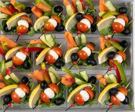 Бокс с овощными крудите (12 шт) в индивидуальных мини - креманках