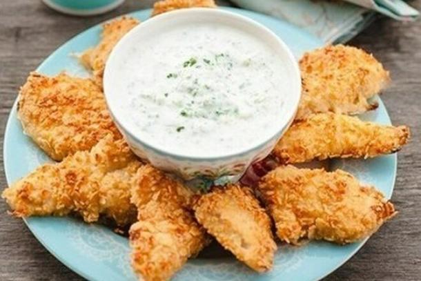 Филе куриное в сырной корочке с соусом Цезарь (только для комплексных обедов)